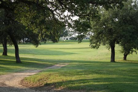Lake Waco Golf Club - Golf